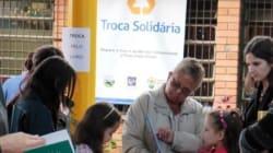 Prefeitura de Porto Alegre troca lixo reciclável por alimentos ou