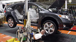 Canada's Economy Stalls, Declines In Manufacturing