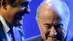 Michel Platini demande la démission de Sepp