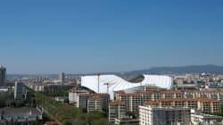 À Marseille, le toit du Vélodrome éblouirait considérablement les