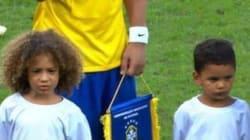 Les mini-sosies de David Luiz et Thiago Silva de retour pour