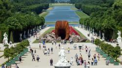 La polémique Kapoor à Versailles gagne en sonorité sur les réseaux