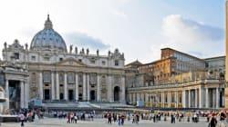 Pédophilie: premier procès au Vatican en