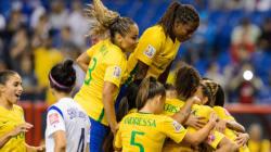 Soccer féminin: le Brésil bat la Corée du Sud au Stade