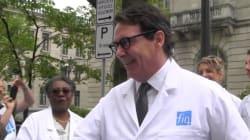 PKP en sarrau: «irresponsable», dit Coiteux