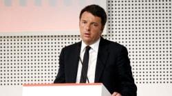 Nel palazzo clima da '92. Renzi nel bunker prova a prendere tempo su Roma e sul Senato si affida al gruppo di