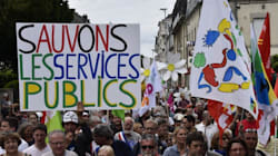 Les pancartes et slogans de la manifestation pour la défense des services