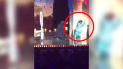 Michaël Youn chute sur scène et partage la