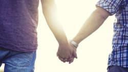 Negare l'esistenza della famiglia omosessuale, quello sì, è