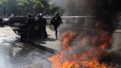 La guerriglia urbana dei tassisti francesi contro