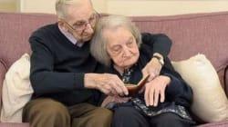Lei perde la memoria, lui a 90 anni le legge ogni giorno il diario del loro