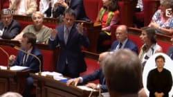 Valls pousse les socialistes à se lever en mémoire de