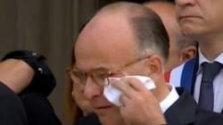 Les larmes de Bernard Cazeneuve aux obsèques de Hervé