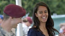 Malia Obama en stage sur le tournage de la série