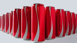 Coca-Cola remove rótulos das latinhas para combater o