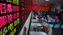 Les bourses chinoises en plein krach (promis, la Grèce n'y est pour