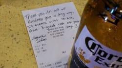 Ordina una birra per il fratello morto in Iraq e la gentilezza del barista la sorprende