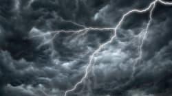 Alertes d'orages violents: les médias sociaux s'enflamment