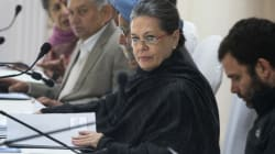 Angry Sonia Gandhi 'Blasted' Shashi Tharoor For Leaked Comments As Stunned Congressmen Looked