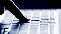 Code criminel: les dispositions sur le harcèlement en ligne sont