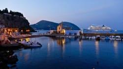 Eolie al tempo dell'Expo: ciak di mare, cinema e sapori a Lipari, mentre a Salina la malvasia è