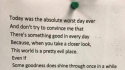 Ce mystérieux poème trouvé à Londres fait le buzz sur la