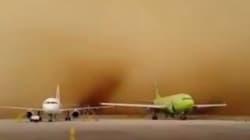 Una tormenta de arena se traga un aeropuerto en menos de un minuto
