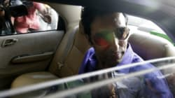 Wasim Akram Escaped Unhurt After His Car Was Fired