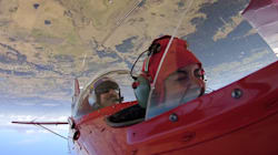 Aerobatic Pilot Shows Us What It's Really Like To Fly Upside