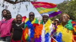 Um ano após derrubar prisão perpétua para homossexuais, Uganda tem parada