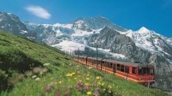 En train suisse, sur le toit de l'Europe