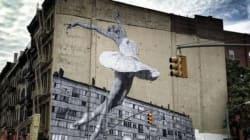 Una ballerina di 30 metri arriva a New York