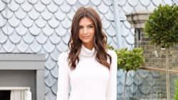 Emily Ratajkowski Shows Us The Right Way To Wear Thigh-High