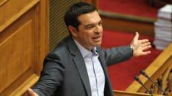 La Grèce adopte son plan d'aide... malgré des