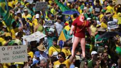 Brésil : manifestations pour réclamer le départ de la présidente