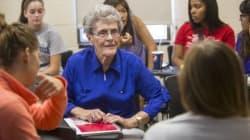 A 87 anni ritorna all'università e si diploma dopo quasi 7