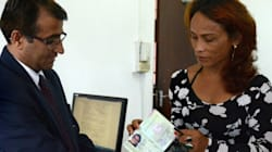 ネパールでトランスジェンダーを認める旅券発給
