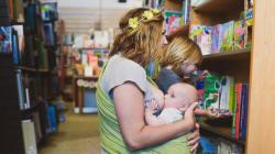 25 meravigliose foto di mamme che allattano in pubblico