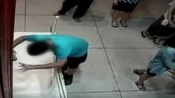 Boy Proves Clumsiness And Galleries Are An Unlucky