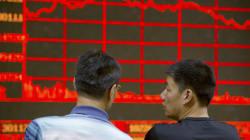 Bourses: l'Asie dégringole, l'Europe rebondit