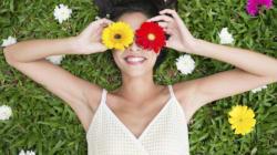 7 motivi per cui essere una donna con poco seno è