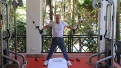 Vladimir Poutine prend la pose en pleine séance de