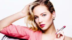 Jennifer Lawrence est magnifique dans la campagne du nouveau rouge à lèvres Dior Addict