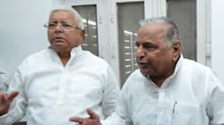 SP Mulayam Deals Hard Blow To Poll-Bound Nitish's Grand
