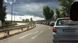 Austriaci in macchina per andare a prendere i profughi in