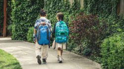 What Age Is Best for Kids to Walk to School