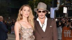 TIFF 2015: Johnny Depp et Amber Heard, les tourtereaux foulent le tapis rouge