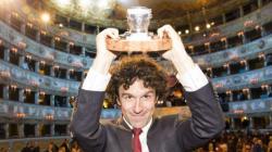 Balzano vince il premio Campiello con il romanzo