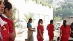 Air India taglia 130 hostess: troppo grasse per