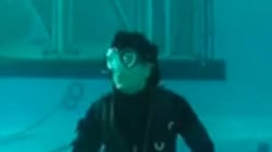 Yes, Shah Rukh Khan Can Breathe Underwater. Here's
